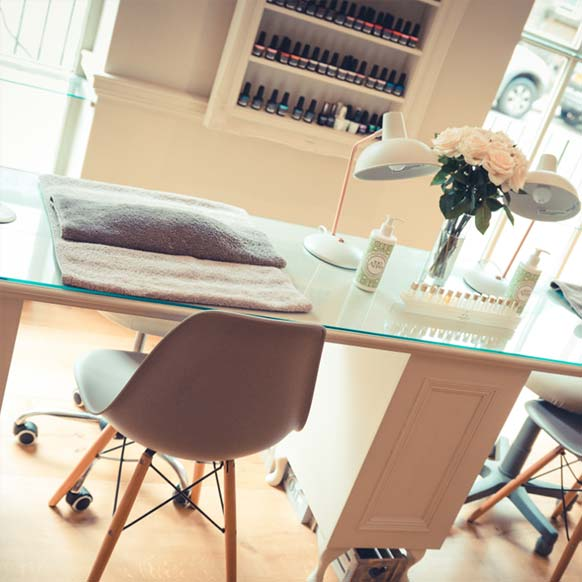 Chipping Norton Salon Cedar Therapy