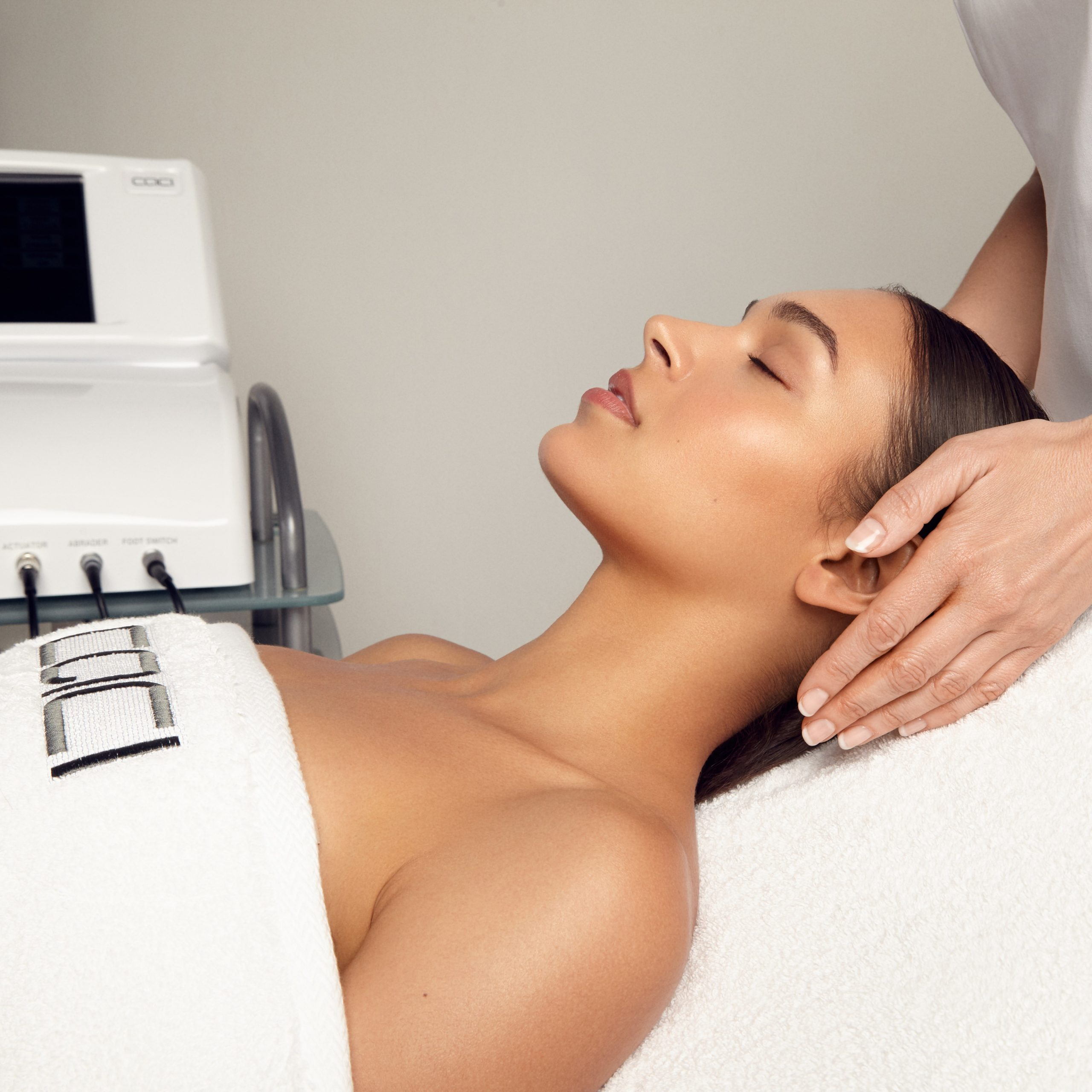 Facials at Cedar Therapy Luxury Beauty Salons